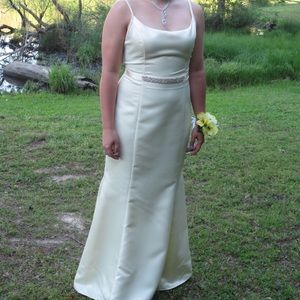 Jessica McClintock Pale Yellow Formal